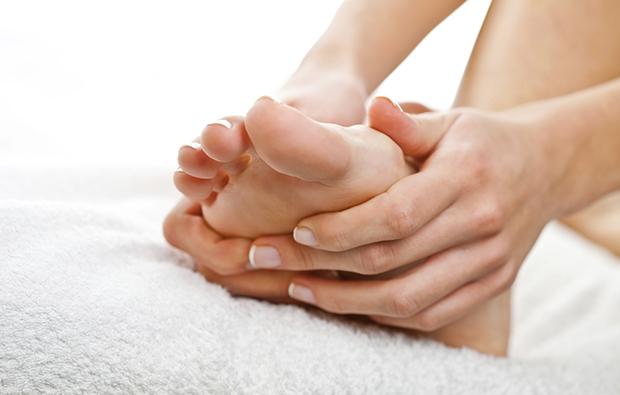pies, hongos, cuidado pies, pie, podología, podologo, ortopedia